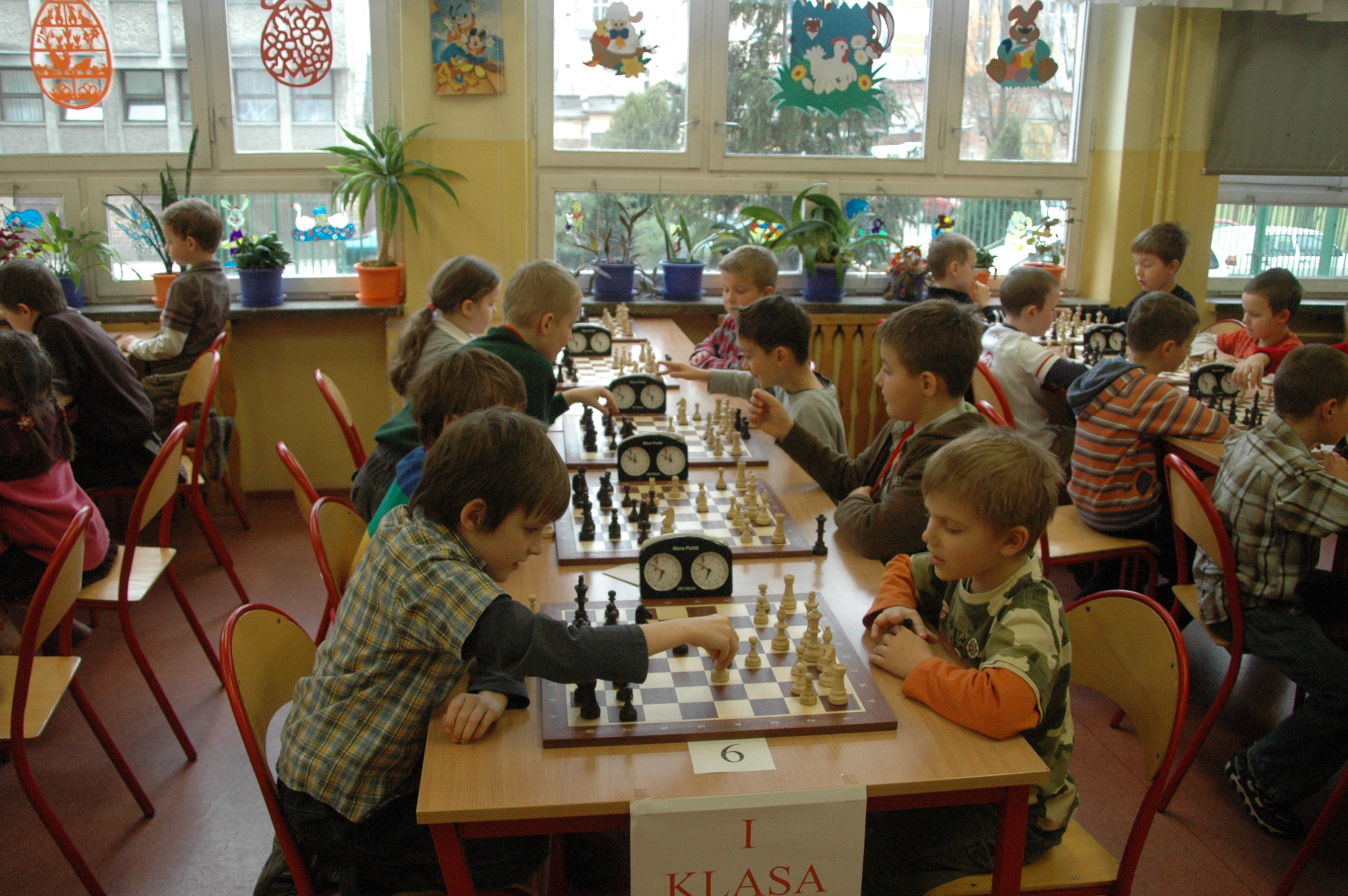 zajecia-szachowe-dla-dzieci-w-szkolach